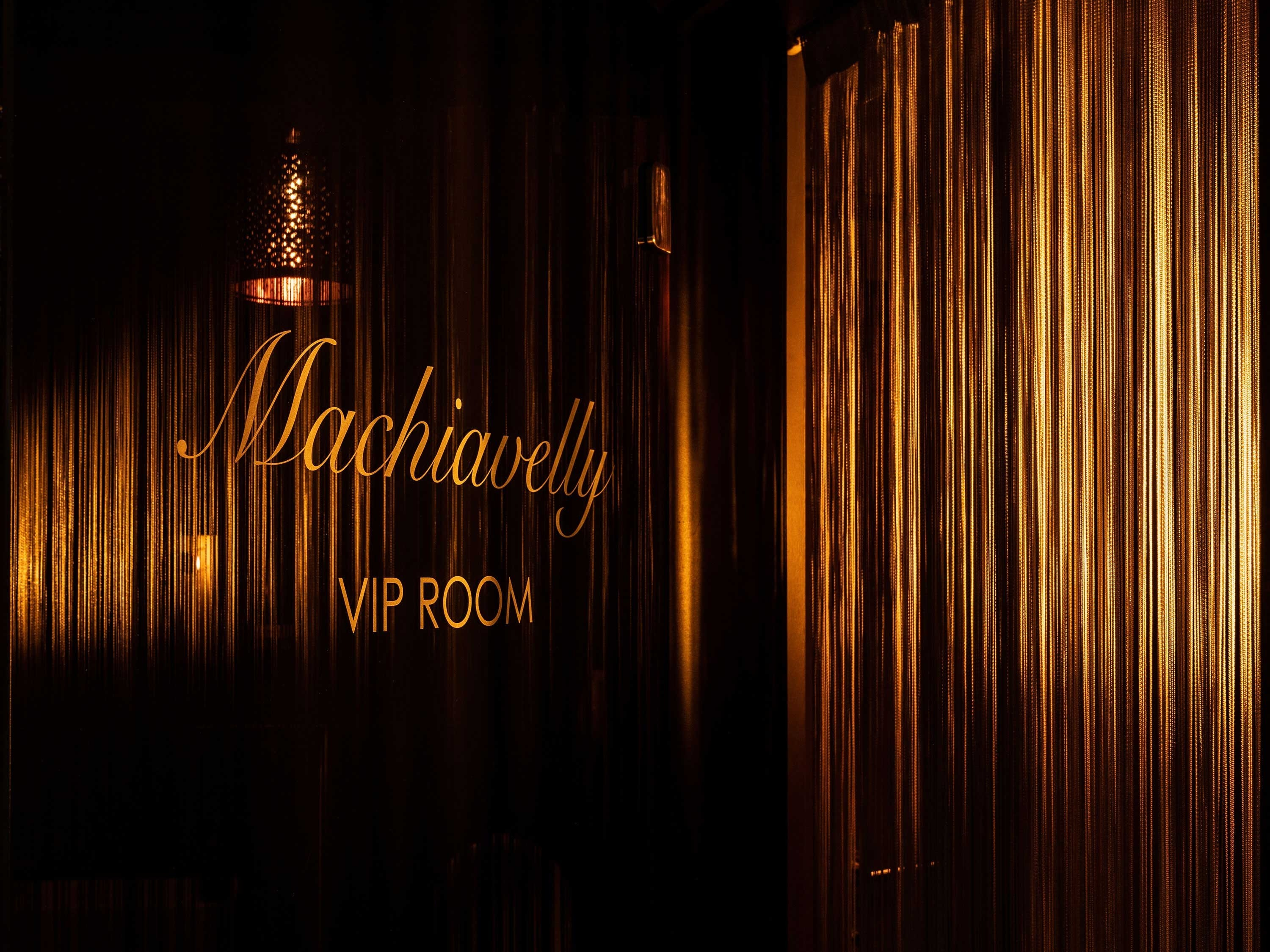 Machiavelly Erotic Private Club Lennik Brussels Belgium